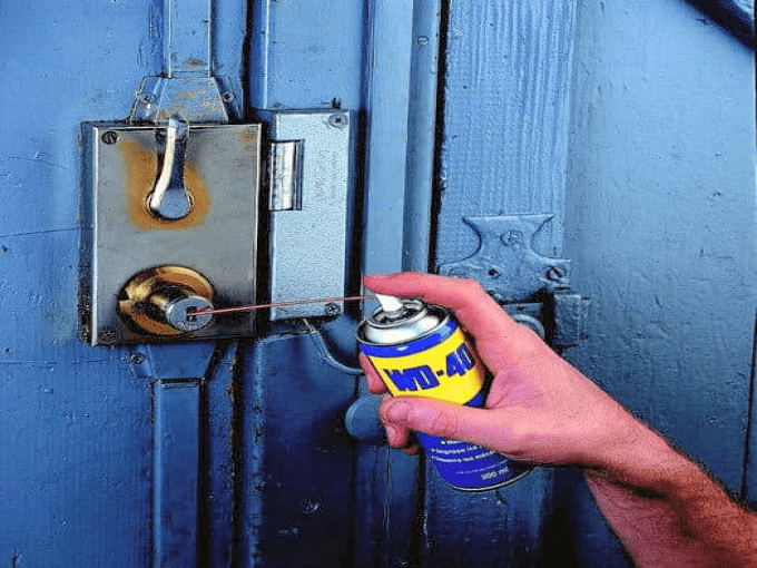 WD40 HACKS - Taking Care of Rust