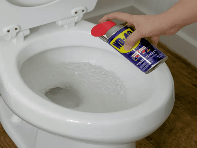 WD40 HACKS - Toilet Cleaning