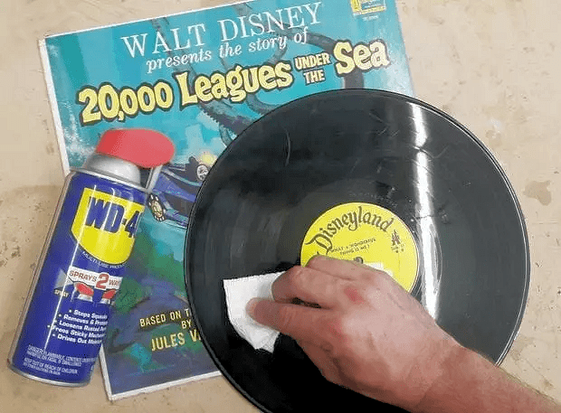 WD40 Hacks - Stopping Records and CDs from Skipping